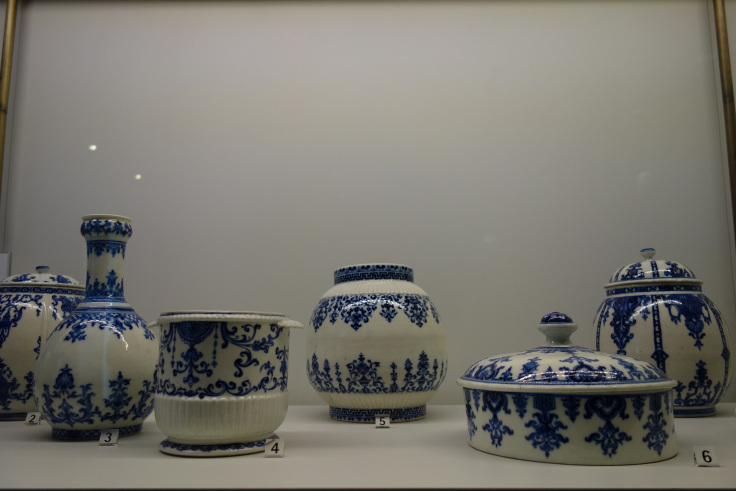 faience-saint-cloud-imitation-delft-porcelaine